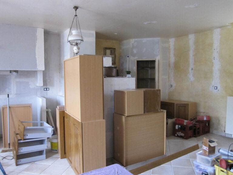 Montage du mobilier de la cuisine