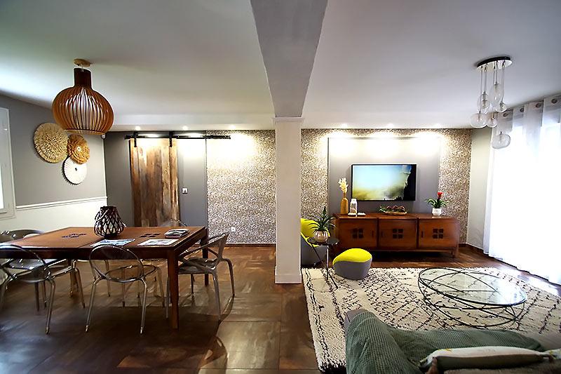 Décoration intérieure de style Craftsman pour le salon à claye-souilly